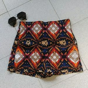 Zara Woman Aztec Prints Shorts Sz M
